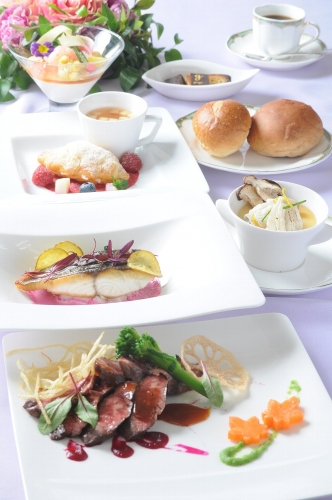 Dinner_M_20...
