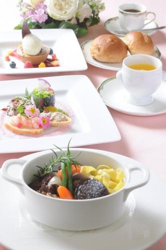 Lunch_V_201...